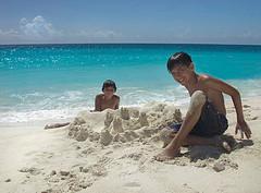 image:cempedak beach castle.jpg
